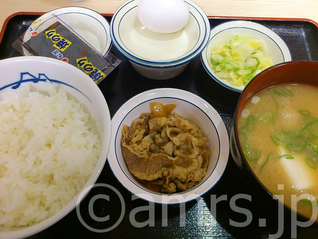 定番朝定食、豚汁変更@松屋