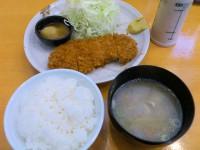 20130410_tonkatusengoku_kasuga_serviceroast