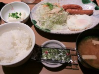 20130913_yayoiken_asatei_medamayaki