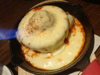あふれるチーズのアルボンディガス(スペイン風肉団子) スペイン酒場 P 本郷@東京都文京区
