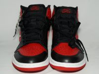 AIR JORDAN 1 RETRO BLACK / VARSITY RED 黒赤(2001) Front(前)