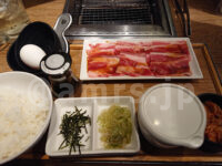 焼肉ライク 新橋本店@東京都港区 バラカルビセット(100g) 焼き肉専用!TKGトッピング