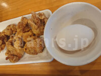 大衆スタンド 神田屋 浜松町店@東京都港区 鶏から・焼き餃子食べ放題 追加 卵 鶏から
