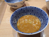 つじ田 秋葉原店@東京都千代田区 濃厚つけ麺 特盛り 味玉入り スープお代わり
