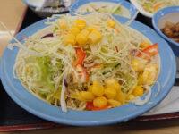 ソーセージエッグ定食(選べる小鉢付プレミアムミニ牛皿)@松屋 ロカボチェンジ 彩り生野菜